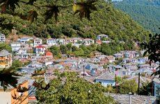 Αποχαρακτηρισμό του χωριού Βένετο ως παραδοσιακός οικισμός της ομάδας ΙΙ