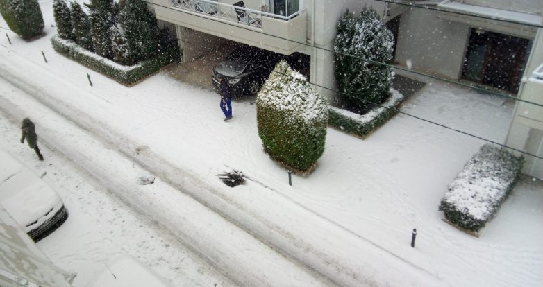 Ισχυρές βροχές και πυκνές χιονοπτώσεις την Κυριακή