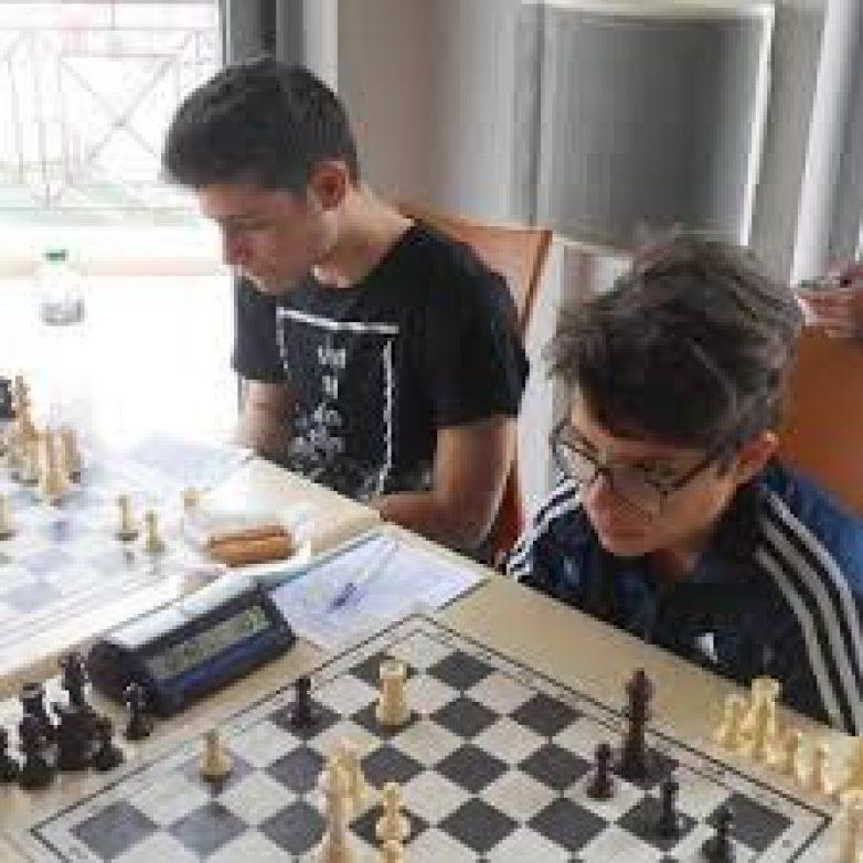 Καλή εμφάνιση του  Φοίνικα Βόλου στο πρωτάθλημα σκάκι για τα ΠΟΑ Θεσσαλίας 2017