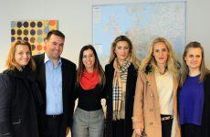 Ένωση Συλλόγων Γονέων και Κηδεμόνων Δ. Βόλου: Συμφωνία για συνεργασία σε εκπαιδευτικά θέματα στις Βρυξέλλες