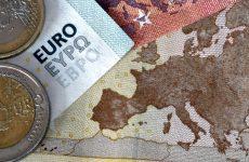 Handelsblatt: «Το φάντασμα του Grexit επανέρχεται στο προσκήνιο»
