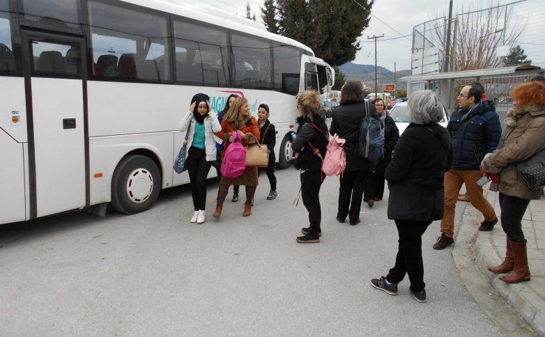 Υποδοχή Σύριων μαθητριών στο 10ο Γυμνάσιο στο Σαμπάναγα
