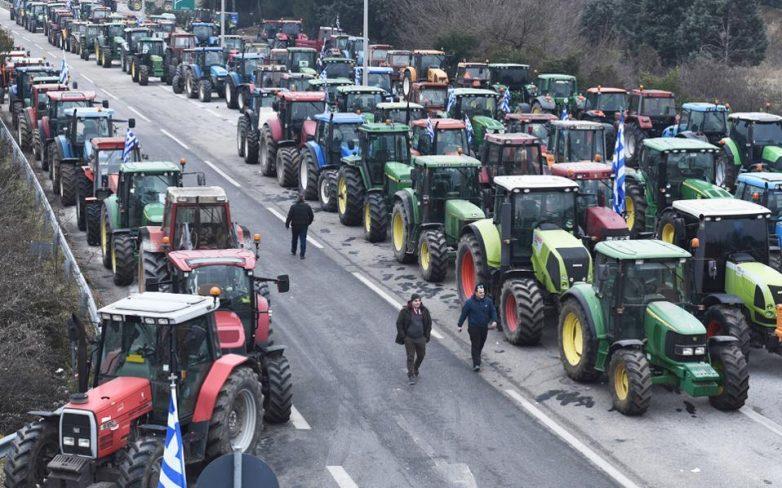 Αποκλεισμός των Τεμπών την Κυριακή από τους αγρότες
