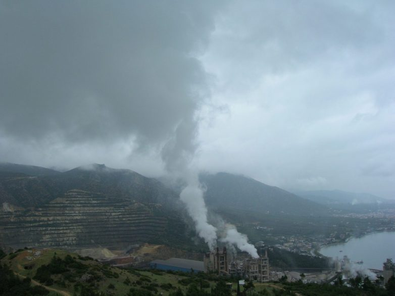 Π.Π.Μ.: Άνθρακες (διοξίνες) ο θησαυρός!!!