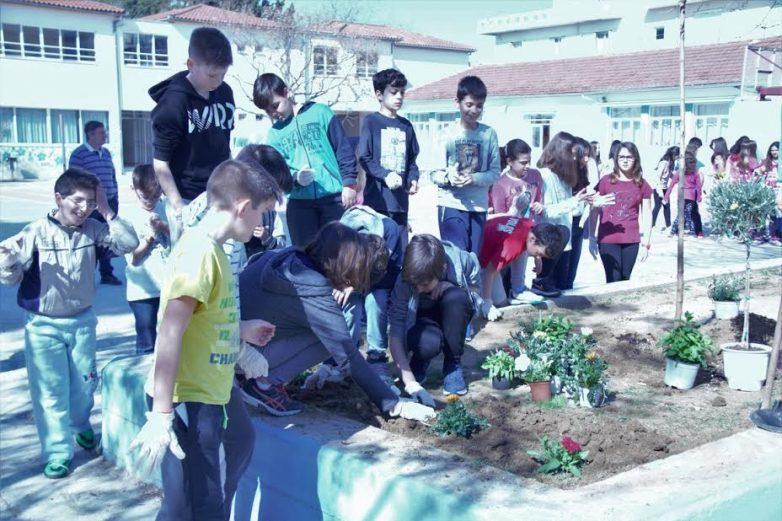 Εκδήλωση  στο 13ο Δημοτικό Σχολείο για την  Παγκόσμια  Ημέρα  Δασοπονίας