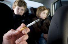 Τέλος το κάπνισμα στο αυτοκίνητο