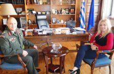 Συνάντηση διοικητή 1ης ΤΑΞΑΣ με την αντιπεριφερειάρχη Μαγνησίας-Β. Σποράδων