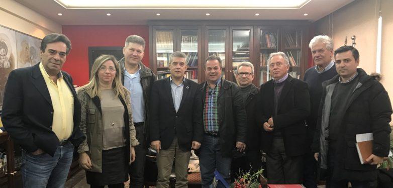Με μέλη της Πανελλήνιας Ομοσπονδίας Οργανισμών Εγγείων Βελτιώσεων συναντήθηκε ο περιφερειάρχης Θεσσαλίας
