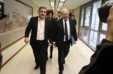 Σαπέν: Κρίμα για την αξιοπιστία της Ελλάδας μια πιθανή αποχώρηση του ΔΝΤ