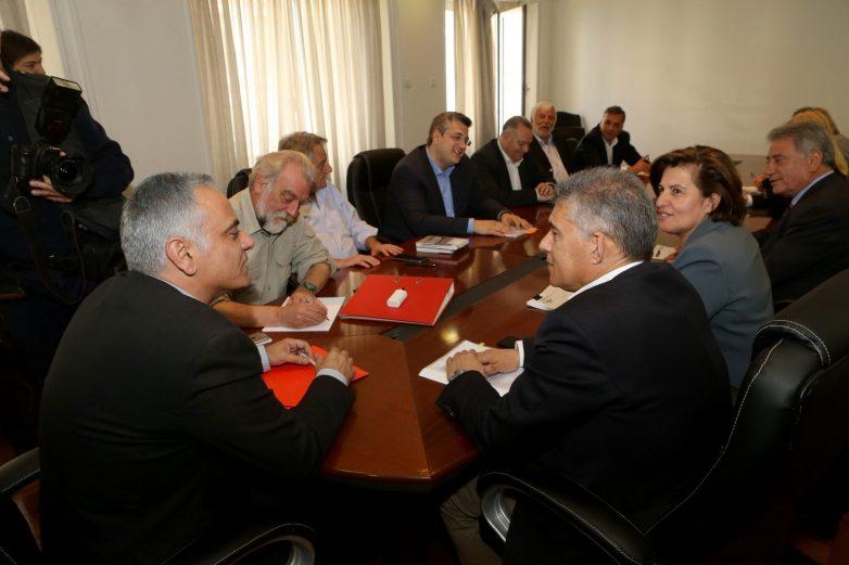 ENΠE σε υπουργό Εσωτερικών: «Από την Περιφερειακή Αυτοδιοίκηση στην Περιφερειακή Διακυβέρνηση: Να γίνει πράξη η Ελλάδα των Περιφερειών»
