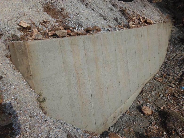 Συνεχίζονται οι εργασίες αποκατάστασης ζημιών στην Παραλλαγή και στην Επαρχιακή Οδό Νήσου Σκοπέλου