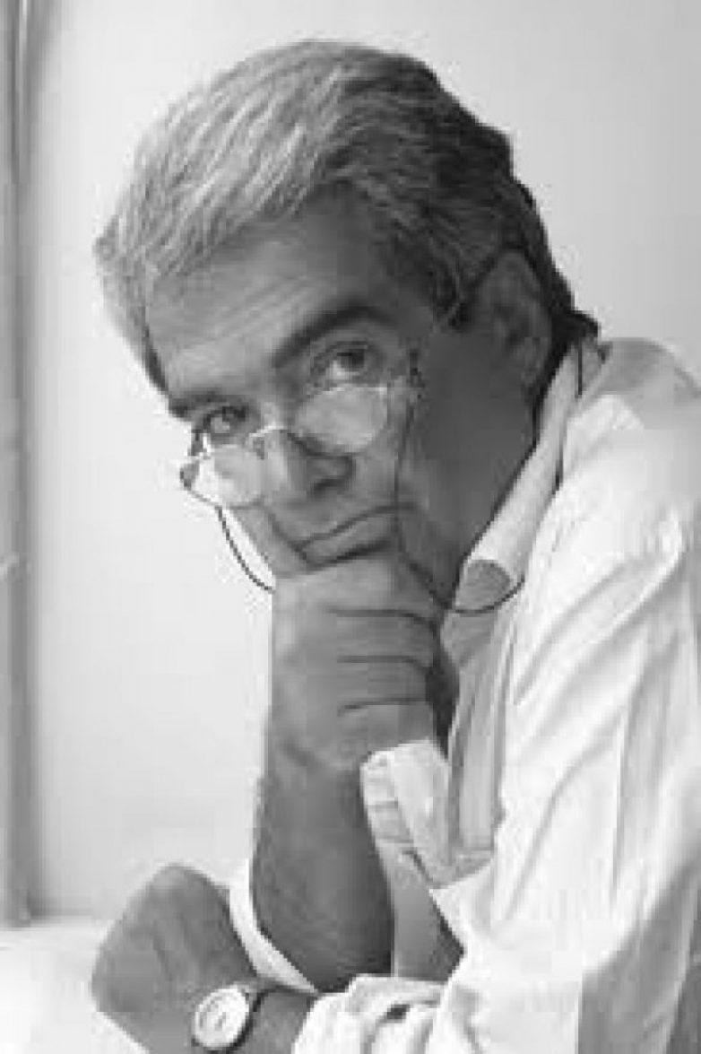 Το νέο βιβλίο του με τίτλο «Εκουατόρια» παρουσιάζει ο Μιχάλης Μοδινός στο Βόλο