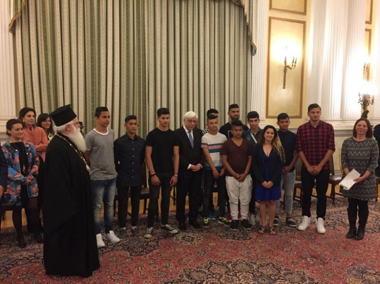 Επίσκεψη μητροπολίτη Δημητριάδος  Ιγνατίου και νέων ΡΟΜΑ στον πρόεδρο της Δημοκρατίας