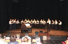 Η Απολλώνειος Χορωδία τραγουδά για τα παιδιά της ΕΛΕΠΑΠ ΒΟΛΟΥ