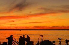 Αστρονομική παρατήρηση με τηλεσκόπια στην παραλία του Βόλου