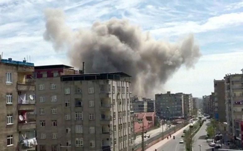 Ισχυρή έκρηξη σε αστυνομικό τμήμα στο Ντιγιάρμπακιρ της Τουρκίας