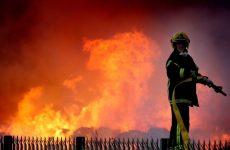 Πυρκαγιά σε ξυλαποθήκη στο Σέσκλο