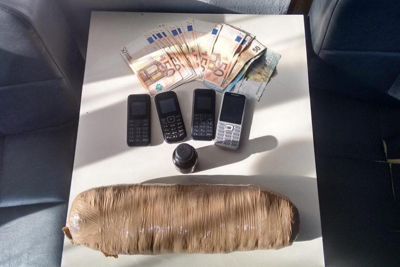 Συνελήφθησαν Αλβανοί στα Τρίκαλα και κάνναβη και χασισέλαιο