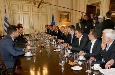 Με τον πρωθυπουργό Α. Τσίπρα συναντήθηκαν οι 13 περιφερειάρχες