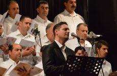 Θρήνους και τραγούδια για την Άλωση της Πόλης ερμήνευσε ο Βασίλης Αγροκώστας