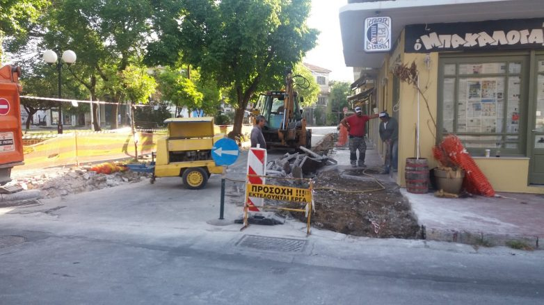 Ξεκίνησαν οι εργασίες βελτίωσης της οδού Κροκίου στα Παλιά