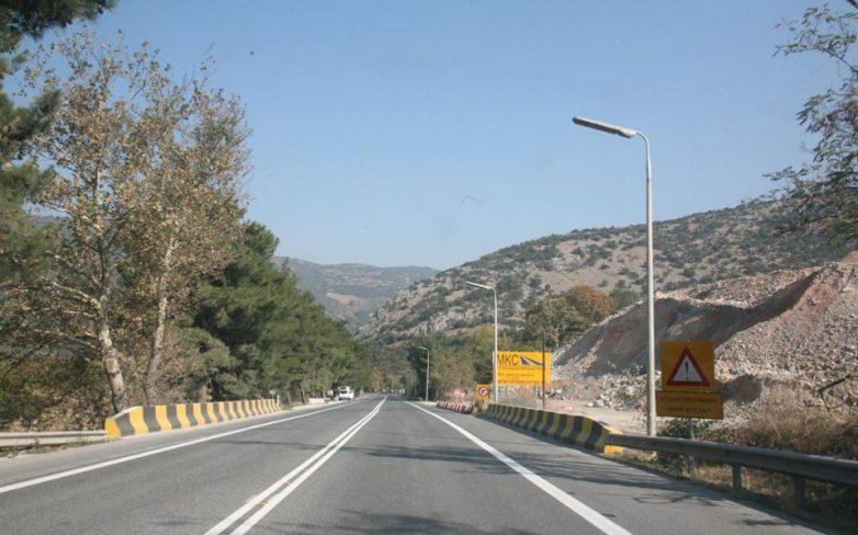 Προσωρινές κυκλοφοριακές ρυθμίσεις στον αυτοκινητόδρομο Α.Θ.Ε.