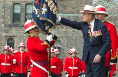 Μπάκιγχαμ: Παραιτείται από τα βασιλικά του καθήκοντα ο Πρίγκιπας Φίλιππος