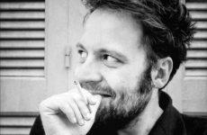 Στο Βόλο ο Αύγουστος Κορτώ, με το νέο του βιβλίο «Ρένα»