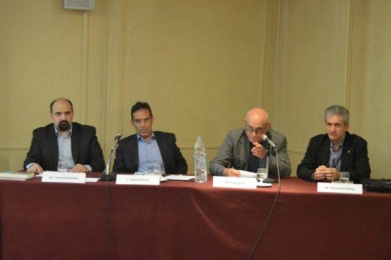 Γ. Παγουλάτος: Υπεύθυνοι Ελλάδα, Ε.Ε. , ΕΚΤ για την οικονομική κρίση στη χώρα