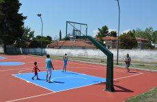 Ανακατασκευασμένα τα γήπεδα μπάσκετ σε Ελικοδρόμιο και Αλυκές