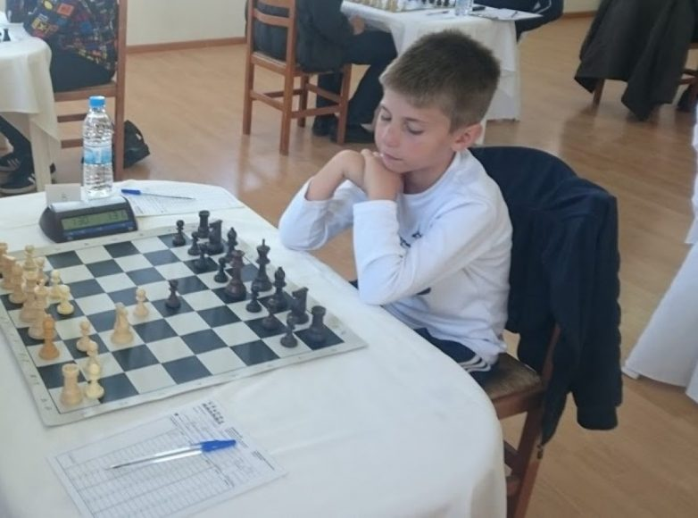 Βολιώτης σκακιστής αντιμέτωπος με τον παγκόσμιο πρωταθλητή GARY KASPAROV