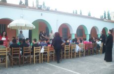«Ο ΕΣΤΑΥΡΩΜΕΝΟΣ» κοντά στα παιδιά του Ιδρύματος Αγωγής Ανηλίκων Βόλου