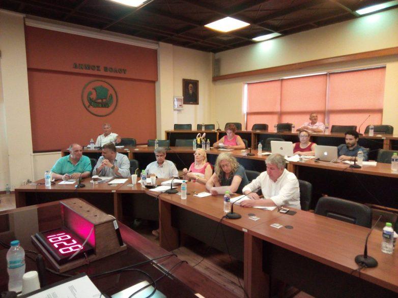 Αρνητικό το Δημοτικό συμβούλιο Βόλου στην απομάκρυνση του στρατοπέδου Γεωργούλα