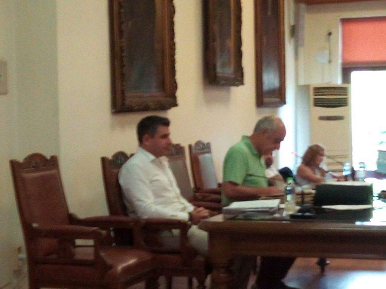 Δια ζώσης συνεδρίαση του δημοτικού συμβουλίου Βόλου