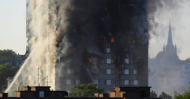 Βρετανία: Ένα ψυγείο προκάλεσε την πυρκαγιά στον πύργο Γκρένφελ