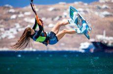 Νάξος: Σοβαρός τραυματισμός 29χρονης που έκανε kitesurf