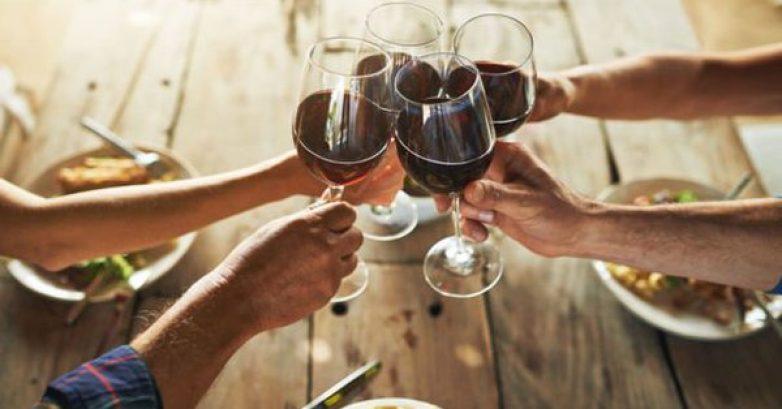 Το ΣτΕ ακύρωσε τον Ειδικό Φόρο Κατανάλωσης στο κρασί