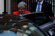 Βρετανία: Η Μέι σχηματίζει κυβέρνηση με την στήριξη του DUP της Βόρειας Ιρλανδίας
