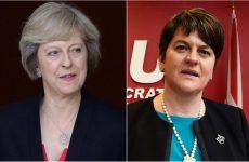 Βρετανία: Ανταλλάγματα ζητά για να στηρίξει τη Μέι το DUP