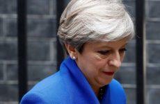 BBC: Νυχτερινή συνάντηση 50 βουλευτών των Τόρις με θέμα την απομάκρυνση της Μέι