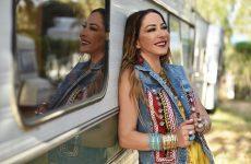 Ετοιμάζει αποσκευές για 5 συναυλίες σε Αμερική και Καναδά η Μελίνα Ασλανίδου