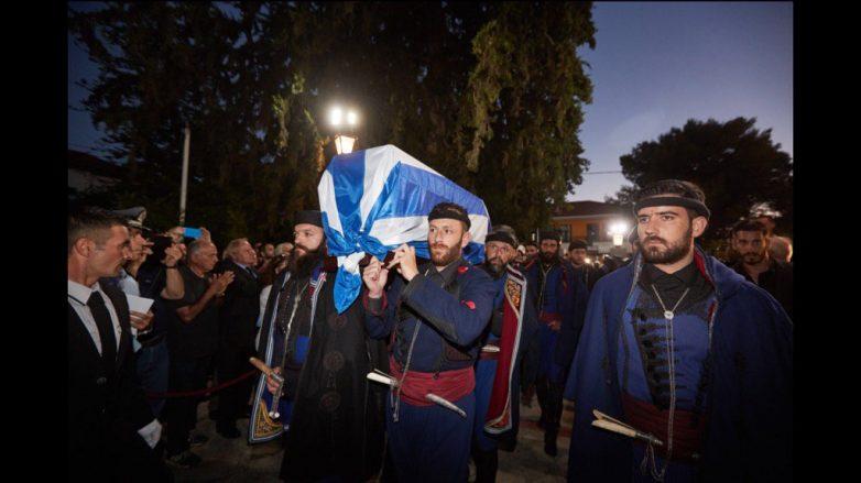 Στα Χανιά η σορός του Κωνσταντίνου Μητσοτάκη