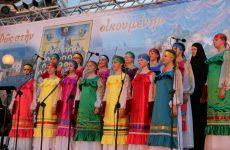 Μάγεψε η Παιδική Ρωσική Χορωδία τη 2η ημέρα της Ναυτικής Εβδομάδας