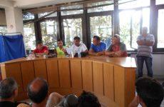 Αποχή  μέχρι τη Δευτέρα αποφάσισαν οι συμβασιούχοι του Δήμου Βόλου