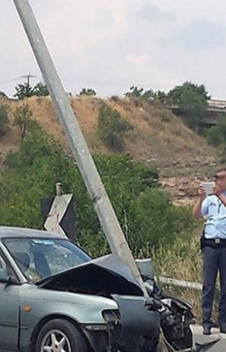 Νεκρό το εγκλωβισμένο άτομο σε όχημα στο ύψος της ΑΓΕΤ