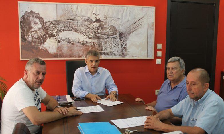 «Λίφτινγκ» στο οδικό δίκτυο της Περιφερειακής Ενότητας Λάρισας πραγματοποιεί η Περιφέρεια Θεσσαλίας