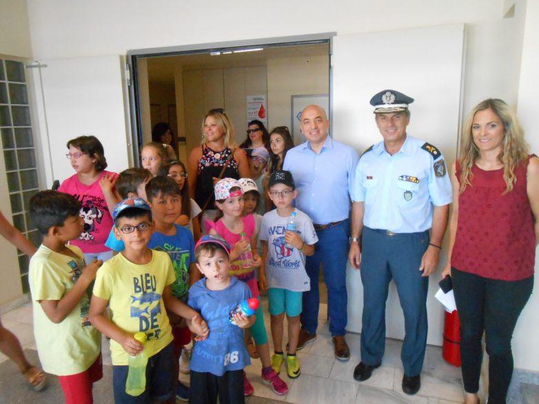 Παιδιά από το ΜΕΜΨΑ στη Διεύθυνση Αστυνομίας Μαγνησίας