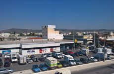 Έκλεψαν σούπερ μάρκετ στην οδό Λαρίσης