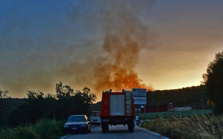 Νέα φωτιά μαίνεται στα Μελισσάτικα