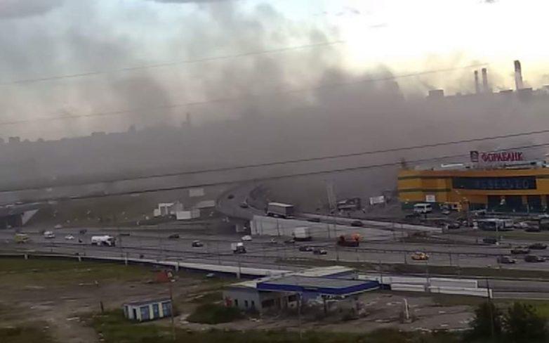 Πυρκαγιά σε εμπορικό κέντρο στη Μόσχα – 14 τραυματίες
